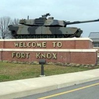 Fort Knox sign and staute