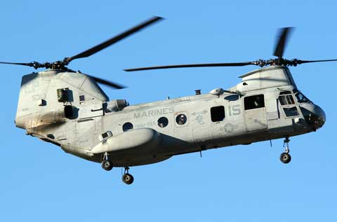 Marines helicopter lands on Mcas Futenma