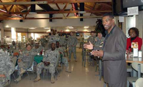 Football legend visits Fort Stewart Hunter Army Airfield