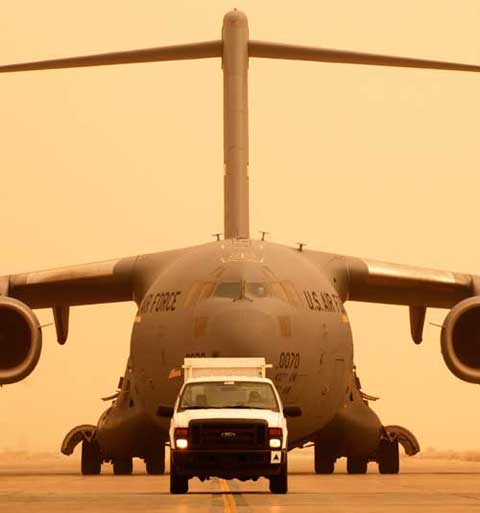 c17 lands lands smoothly at Joint Base Balad