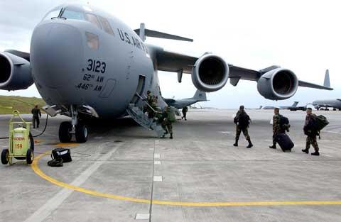 Soldiers departure at Kadena Air Base