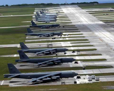 Andersen Air Force Base - Many B52 planes together
